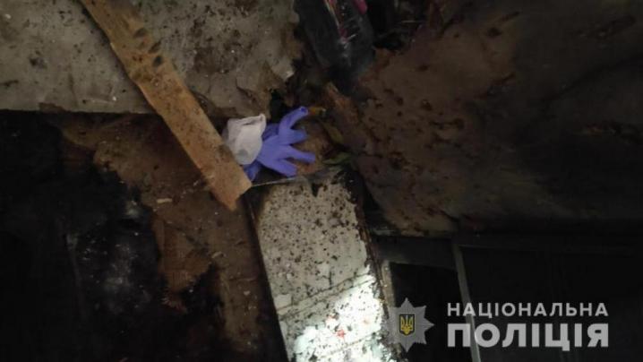 У Новодністровську під час застілля чоловік підірвав гранату: постраждала 51-річна жінка