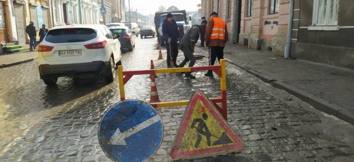 Центр Чернівців до вечора залишиться без води: список вулиць