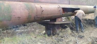 Тріщина завдовжки 3 метри: як ремонтували водогін Дністер-Чернівці