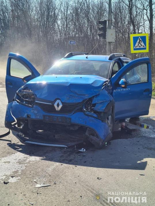 У ДТП на Буковині постраждало 4 осіб, серед них - дитина: у поліції відкрили кримінальне провадження
