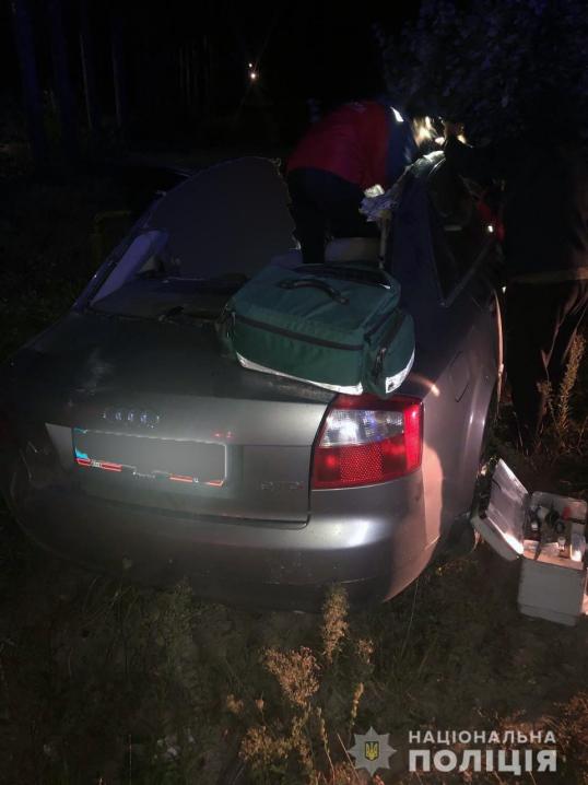 Смертельна аварія на Буковині: 21-річний хлопець помер у кареті швидкої