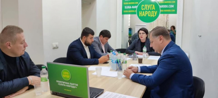 У «Слузі Народу» оскаржили рішення Чернівецької райради щодо висловлення недовіри Голові Чернівецької ОДА