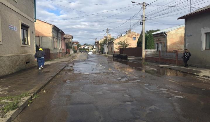 У Чернівцях стався черговий витік води